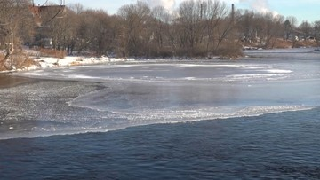 Viral ice disc makes a brief reappearance in Maine