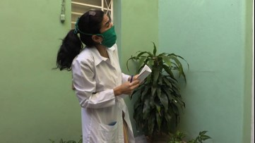 Cuban doctors go door-to-door in low-income neighborhoods
