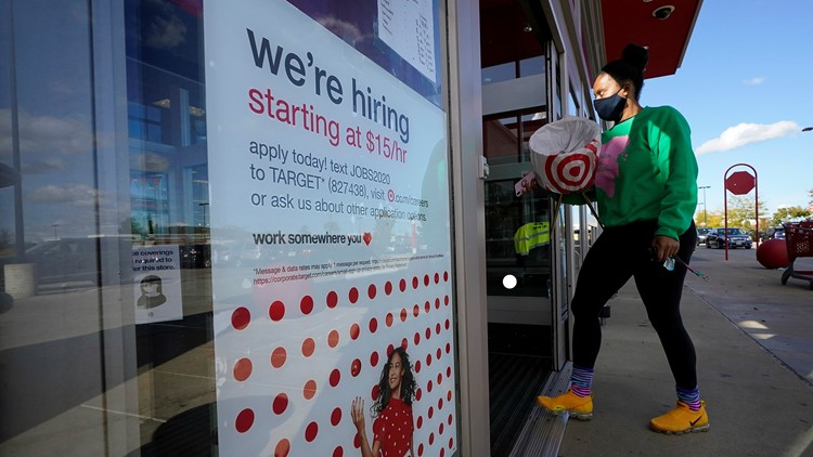 US jobless claims plunge to 576,000, lowest since COVID-19 pandemic