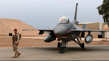 4 Iraqi servicemen wounded in rocket attack on air base