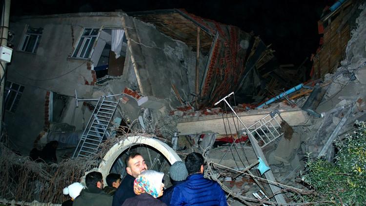At least 8 dead, hundreds hurt as magnitude 6.8 earthquake rocks Turkey