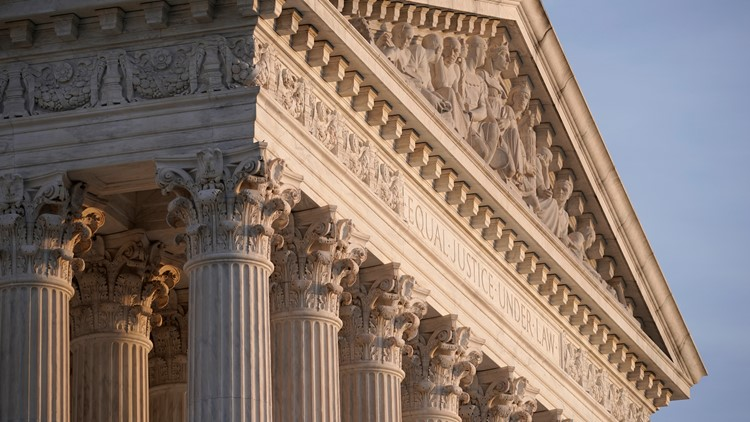 Justices rule unanimously against low-level crack cocaine offenders