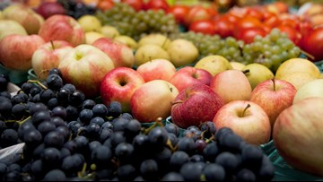 Less fat, more fruit may cut risk of breast cancer death