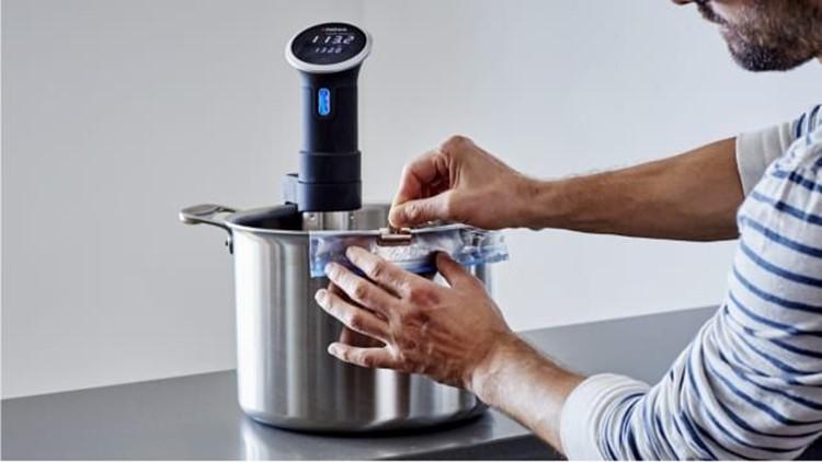 best-kitchen-gifts-2018-anova-immersion-circulator.jpg