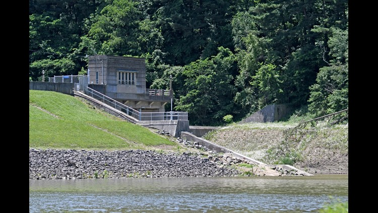 The woman and her sister decided to go for a swim near the dam at around 2 a.m., authorities say.