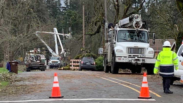 PGE crews continue to chip away at power outages after 'once in 40-year' storm