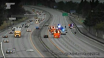 Pedestrian hit and killed; I-84 WB closed at Fairview Parkway near Gresham