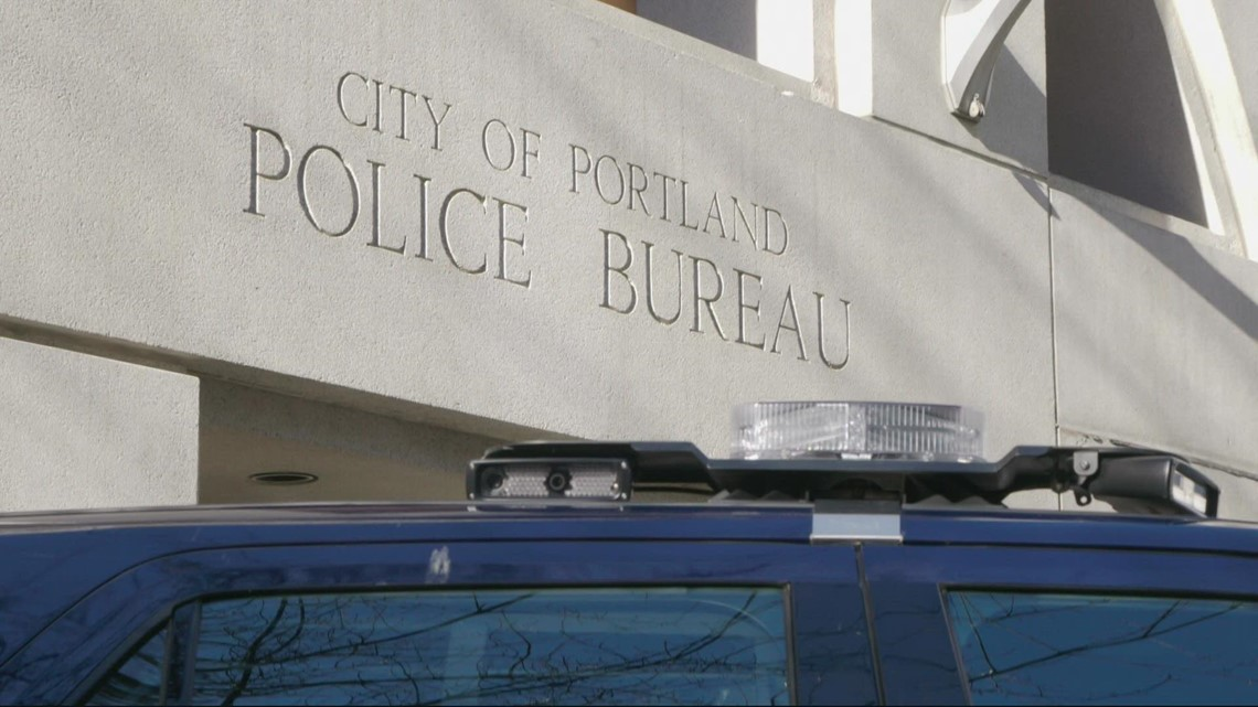 Portland mayor pushes for police body cams