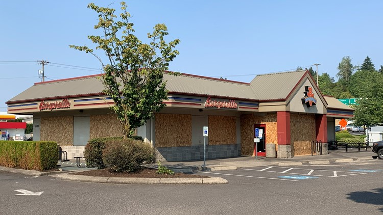 As crime and vandalism rises, Burgerville temporarily closes in Lents neighborhood