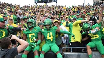 Oregon remains No. 13 after bye week; Washington ranked No. 15