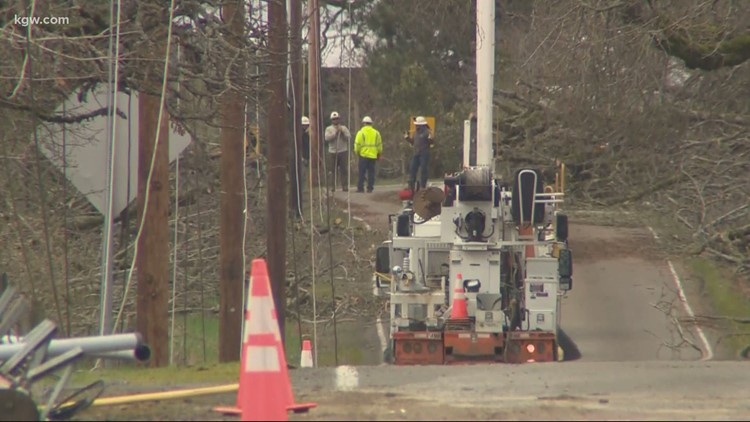 Still no power for thousands in Marion County