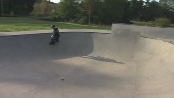 Raw video. Nic Rumsey, the skateboarding Oregon State Police trooper