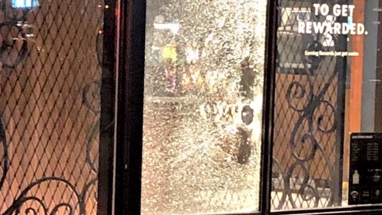 Vandals involved in nighttime riots test Portlanders' patience