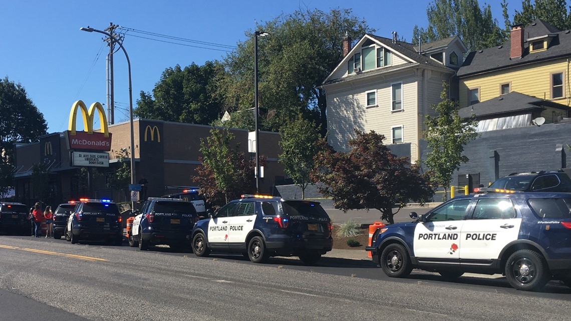 Armed suspect in Portland takes woman hostage, tackled by good Samaritan, police (raw video)