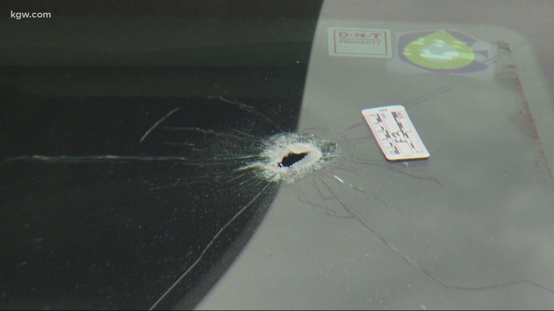 Ne Portland Apartment Complex Riddled With 150 Bullets Kgw Com