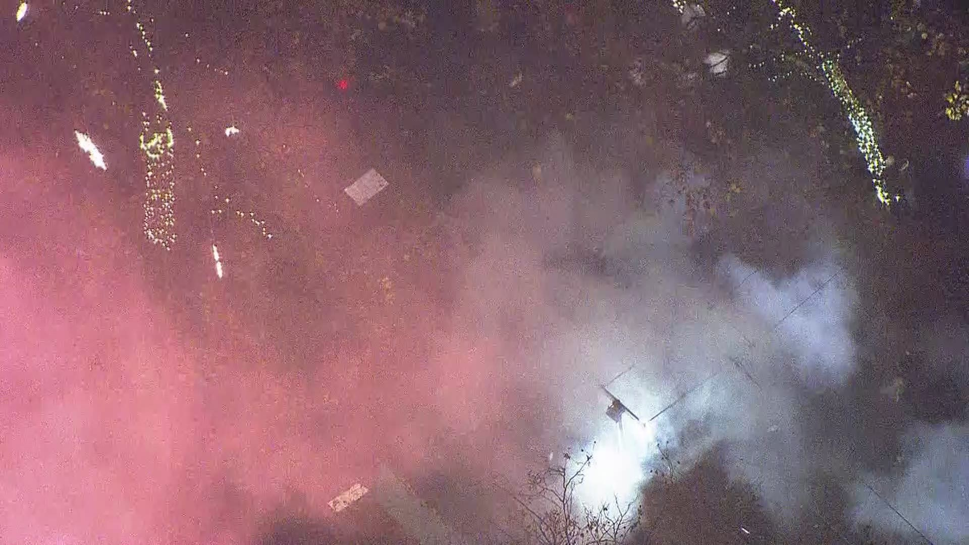 Police Use Flash Bangs Smoke Bombs To Deter Protesters Kgw Com