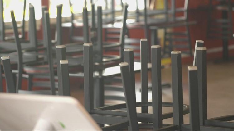Oregon businesses in restaurant, entertainment industries hiring employees again