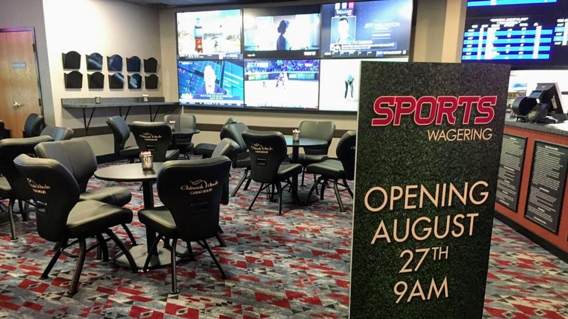 Chinook Winds Casino to offer sports betting; Oregon lottery won't start by NFL season