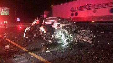 3 injured in I-5 crash in Cowlitz County
