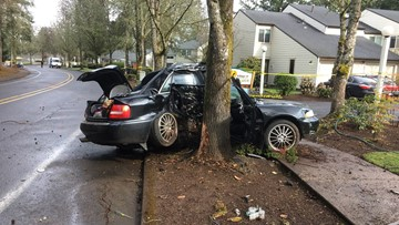 Teen killed, 4 others injured in early morning Salem crash