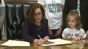 Gov. Brown signs executive order to fight climate change in Oregon