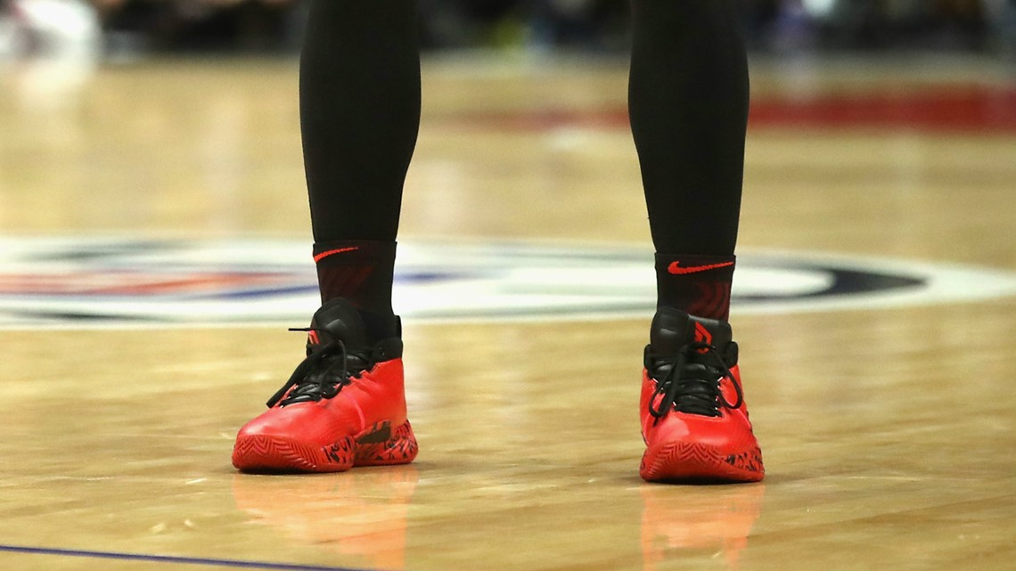 Damian Lillard S 5th Signature Shoe The Dame 5 Now Available Kgw Com