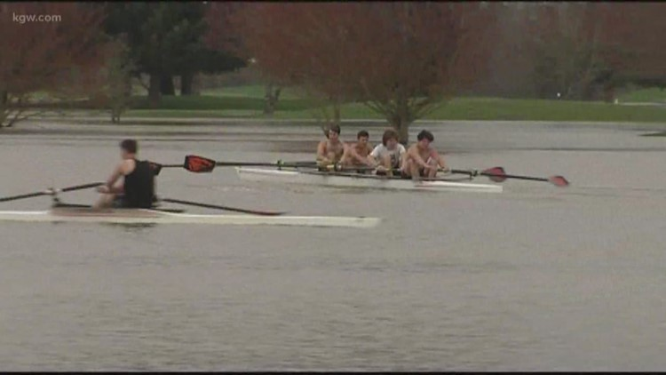 Oregon State rowing ream practices on flooded Trysting Tree golf course