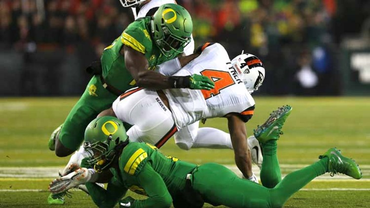 Former Oregon LB Fotu Leiato dies in vehicle  accident