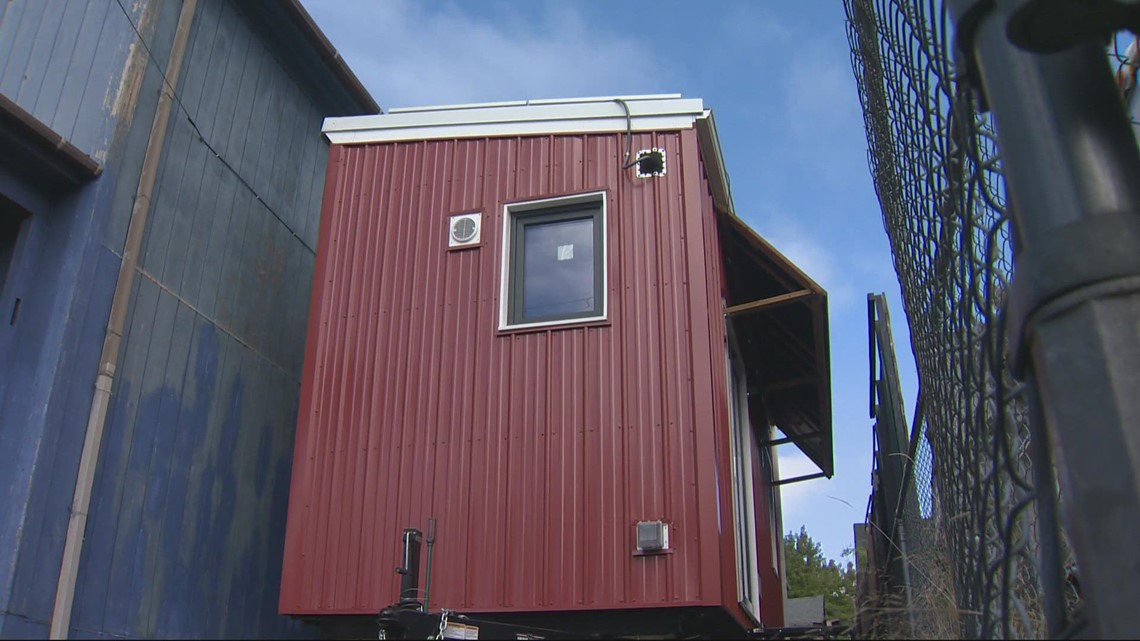 Off-the-grid tiny home will help curb warming climate