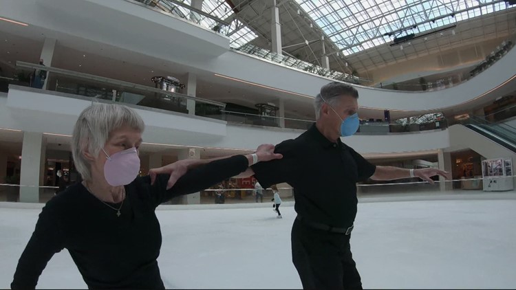 Couple celebrates 54 years skating together