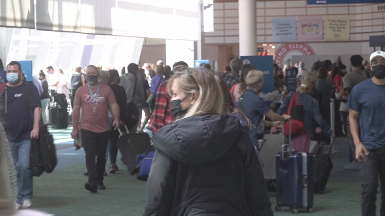 Travelers returning to PDX this summer