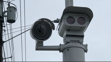 Red light cameras begin enforcement in Tigard (again)