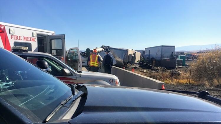 Semi crash kills driver, several cows on I-84 in eastern Oregon