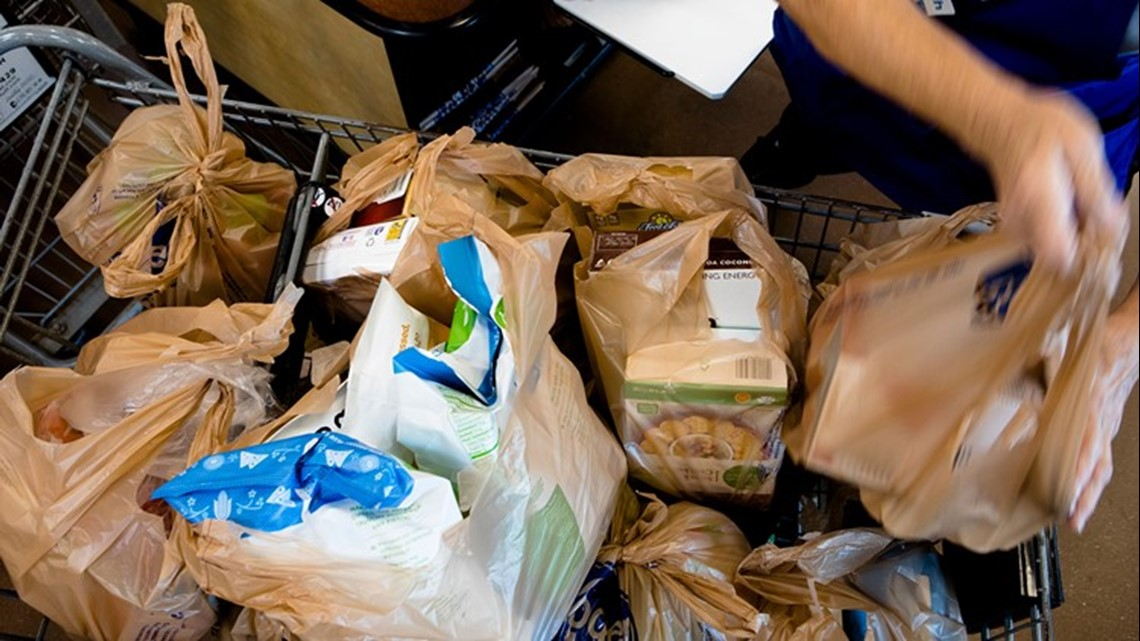 Oregon bills would tax plastic bags, ban plastic straws