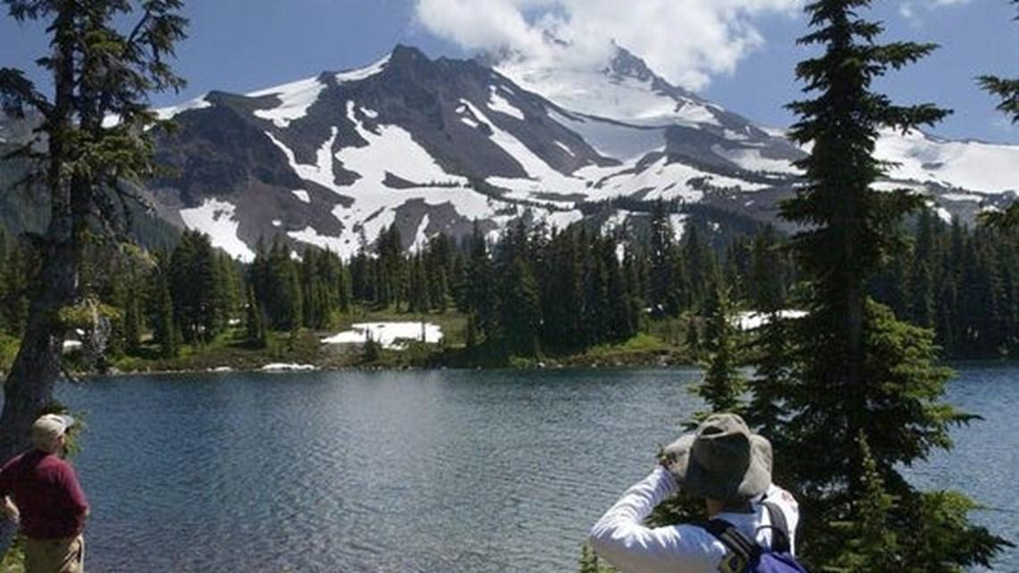 Coronavirus: Oregon, Washington close all national forest sites, trails across 24M acres