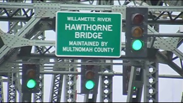 Hawthorne Bridge Lifts: Driving Me Crazy