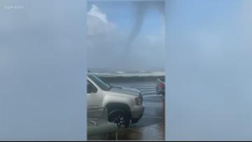 EF-0 Tornado causes damage on Oregon Coast