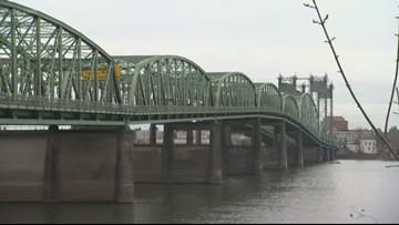 Oregon, Washington governors to talk Interstate Bridge