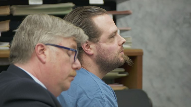 'I hope they all die': Prosecution details brutal MAX attack, Jeremy Christian's rant to police; defense argues self defense