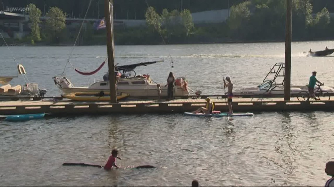 Kayak and paddle board owners to pay under proposed watercraft bill