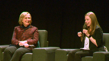 Secretary Hillary Rodham Clinton and daughter Chelsea stop in Portland on book tour