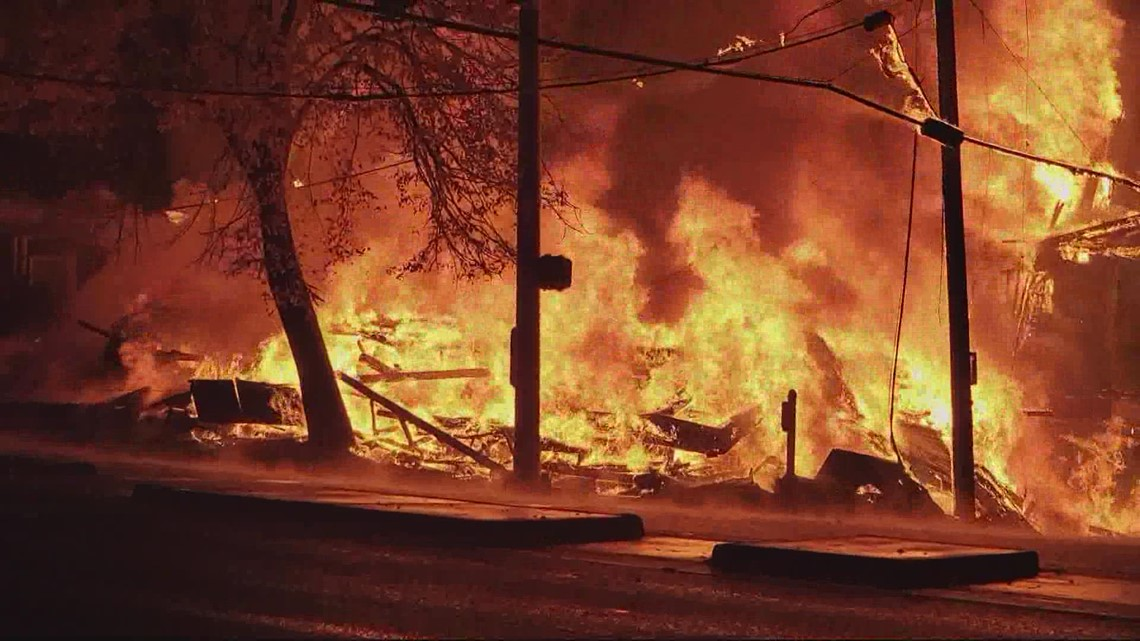 Fire destroys building at 28th and Powell