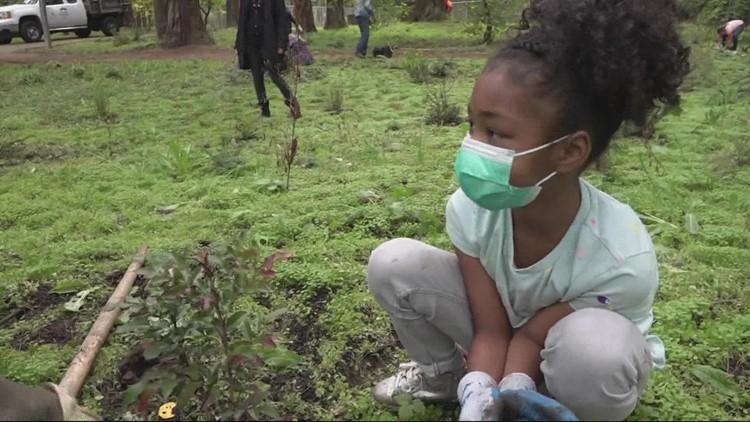Students nurture new native plants at Pier Park