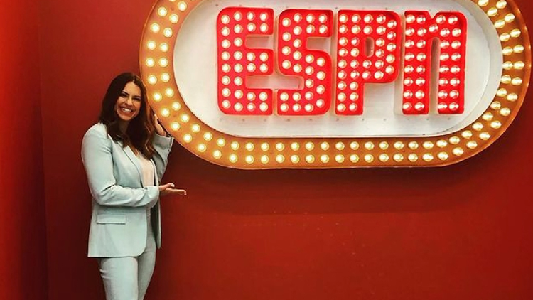 ESPN broadcaster Jessica Mendoza, who lives in Oregon, at top of her game