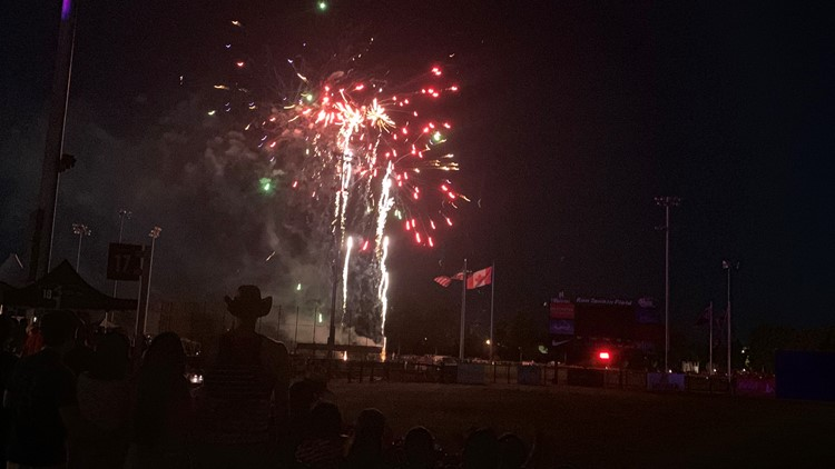 Washington County residents turn out for Fourth of July fireworks