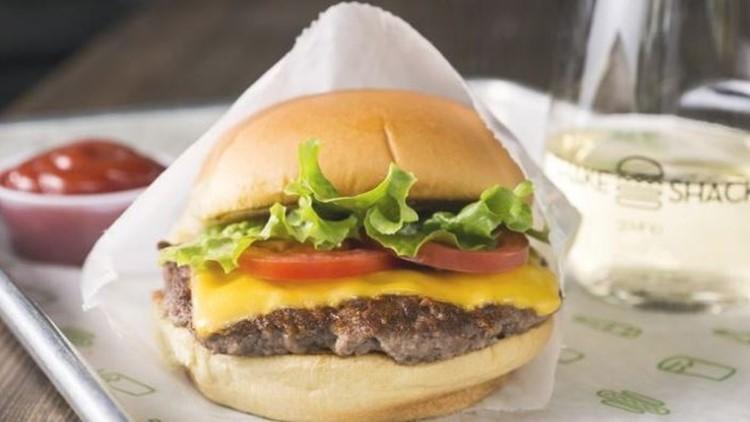 Oregon's first Shake Shack opens in Beaverton