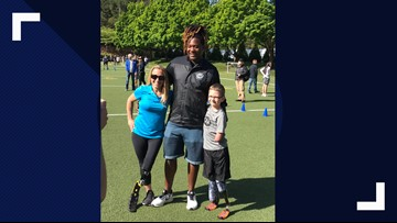 Seahawks linebacker surprises Oregon boy with new running prosthetic