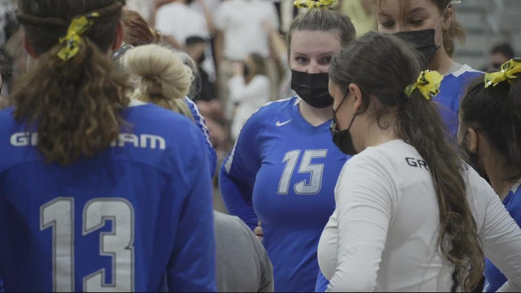 Multnomah County health officials urge high school volleyball players to wear masks while competing indoors