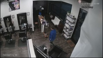 Burglar cuts through walls to hit businesses in Clackamas strip mall