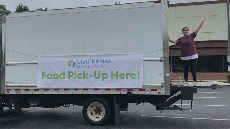 Clackamas Service Center adapts to fill hungry bellies during pandemic